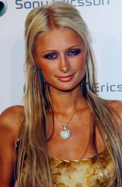 Paris Hilton mit Fake Tan