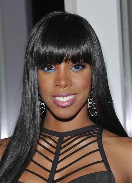 Kelly Rowland trägt bunten Eyeliner
