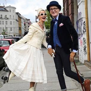Stylishes älteres Paar aus Berlin