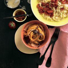 Spaghetti mit Pesto Rosso