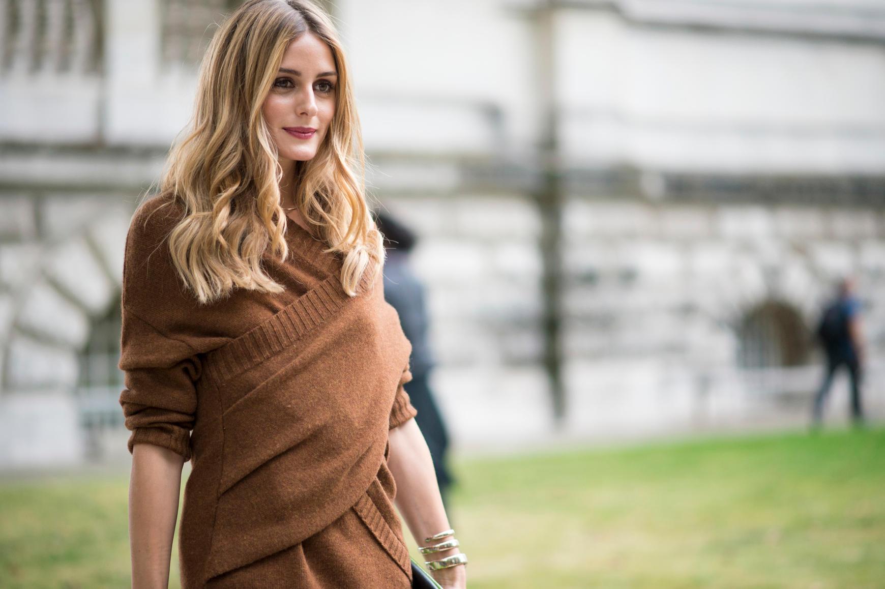 Olivia Palermo trägt bronde