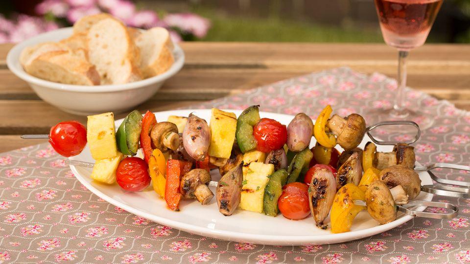 Gemüsespieße zum Grillen