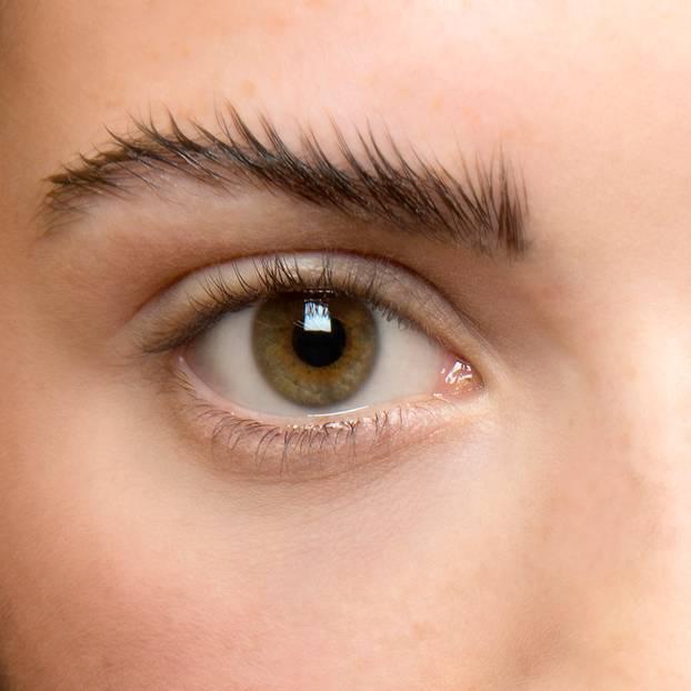 Augenbrauen betonen