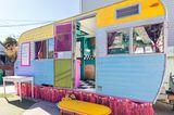 Kalifornien: Bunter Vintage-Wohnwagen