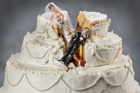 Betrogene Braut versteigert ihr Kleid bei Ebay - und lässt richtig Dampf ab