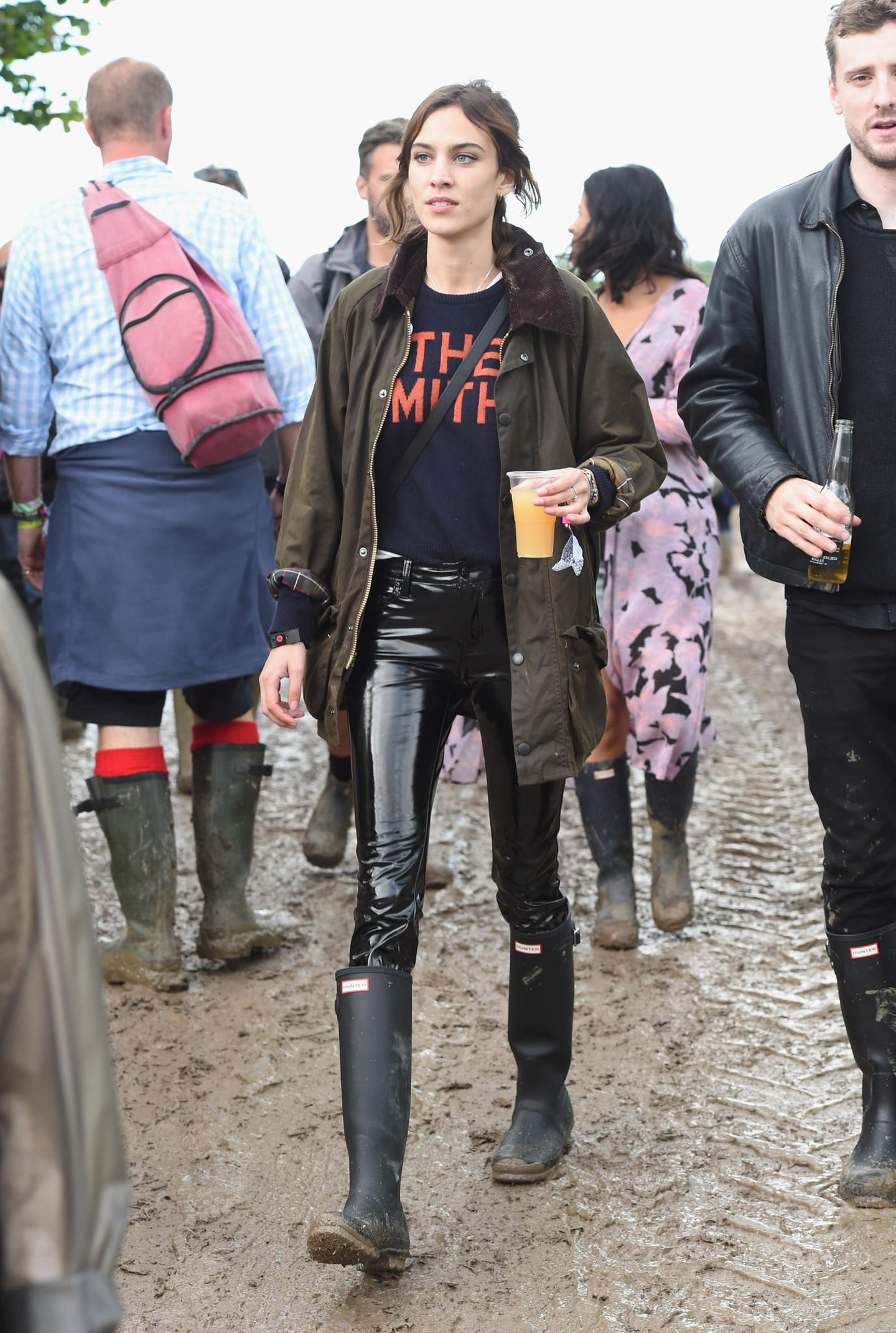 Lackleder-Hose getragen von Alexa Chung