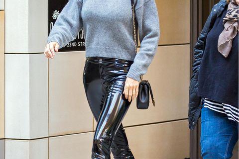 Lackleder-Hose getragen von Gisele Bündchen