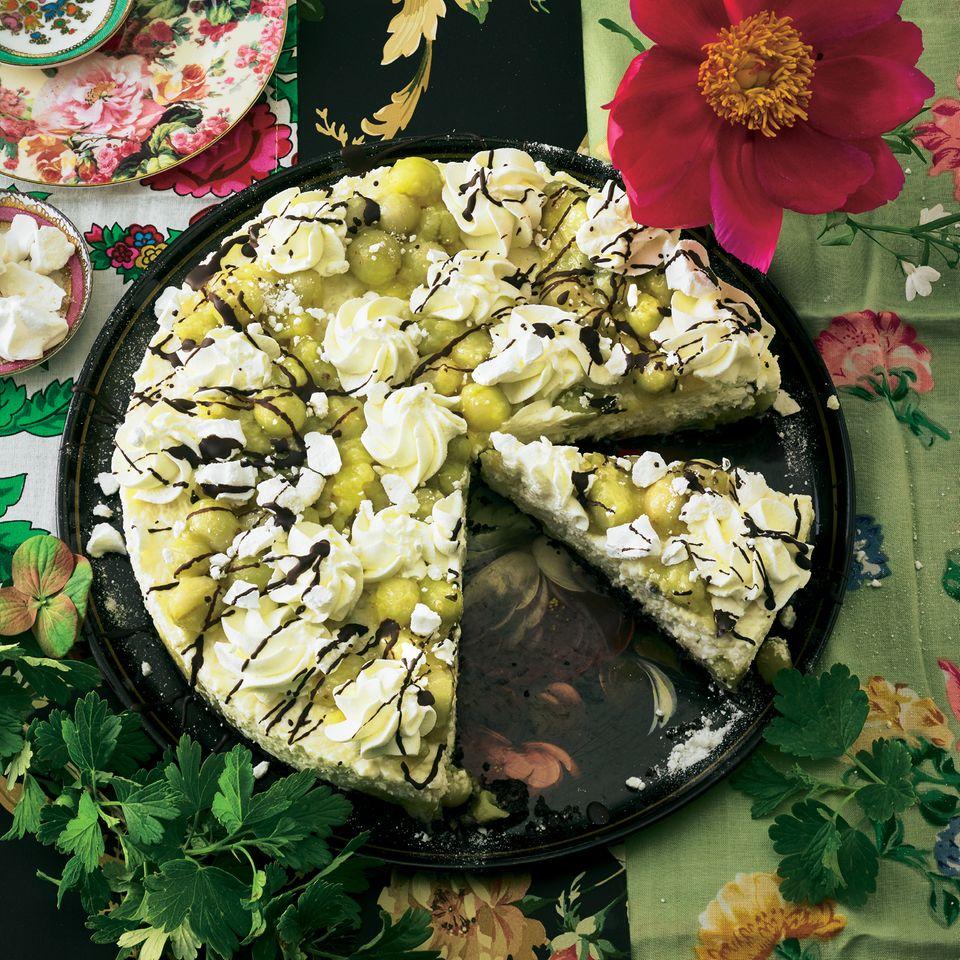 """Stachelbeer-Sahnereis-Torte mit """"Oreos"""""""