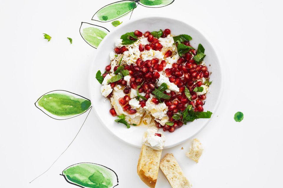 Vorspeise zu Weihnachten: Tahini-Granatapfel-Dip aus Marokko
