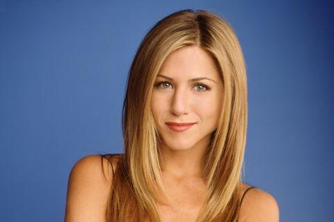 """Jennifer Aniston mit einem Portrait zu Zeiten von """"Friends"""""""