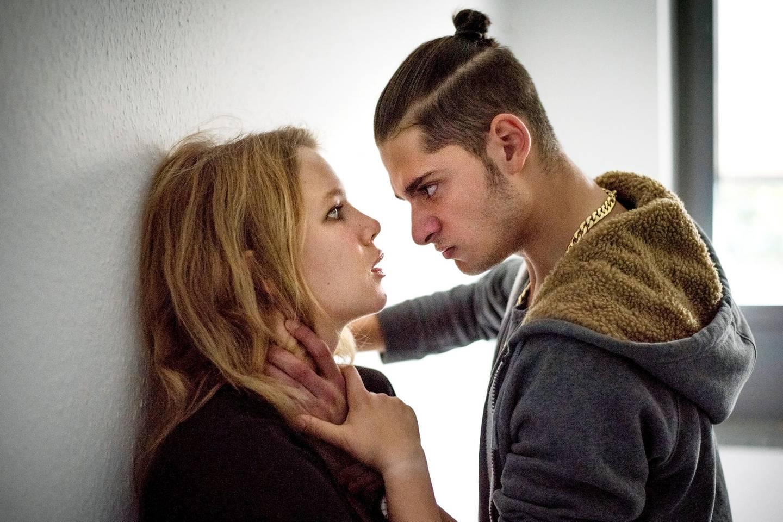 """Loverboys: Filmszene aus """"Ich gehöre ihm"""""""
