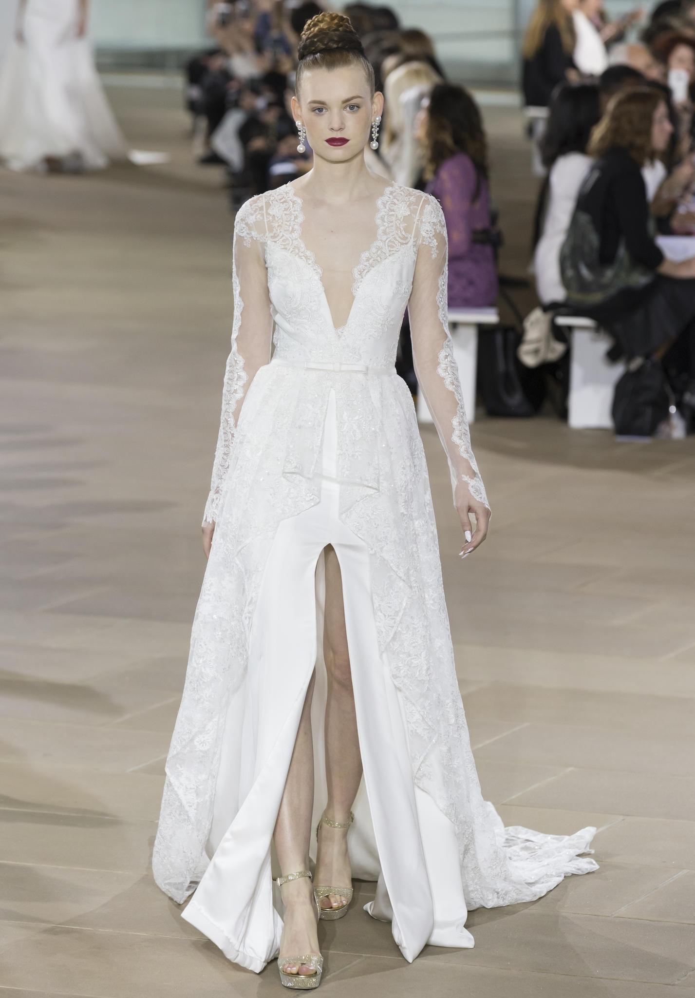 Frau im weißen Brautkleid