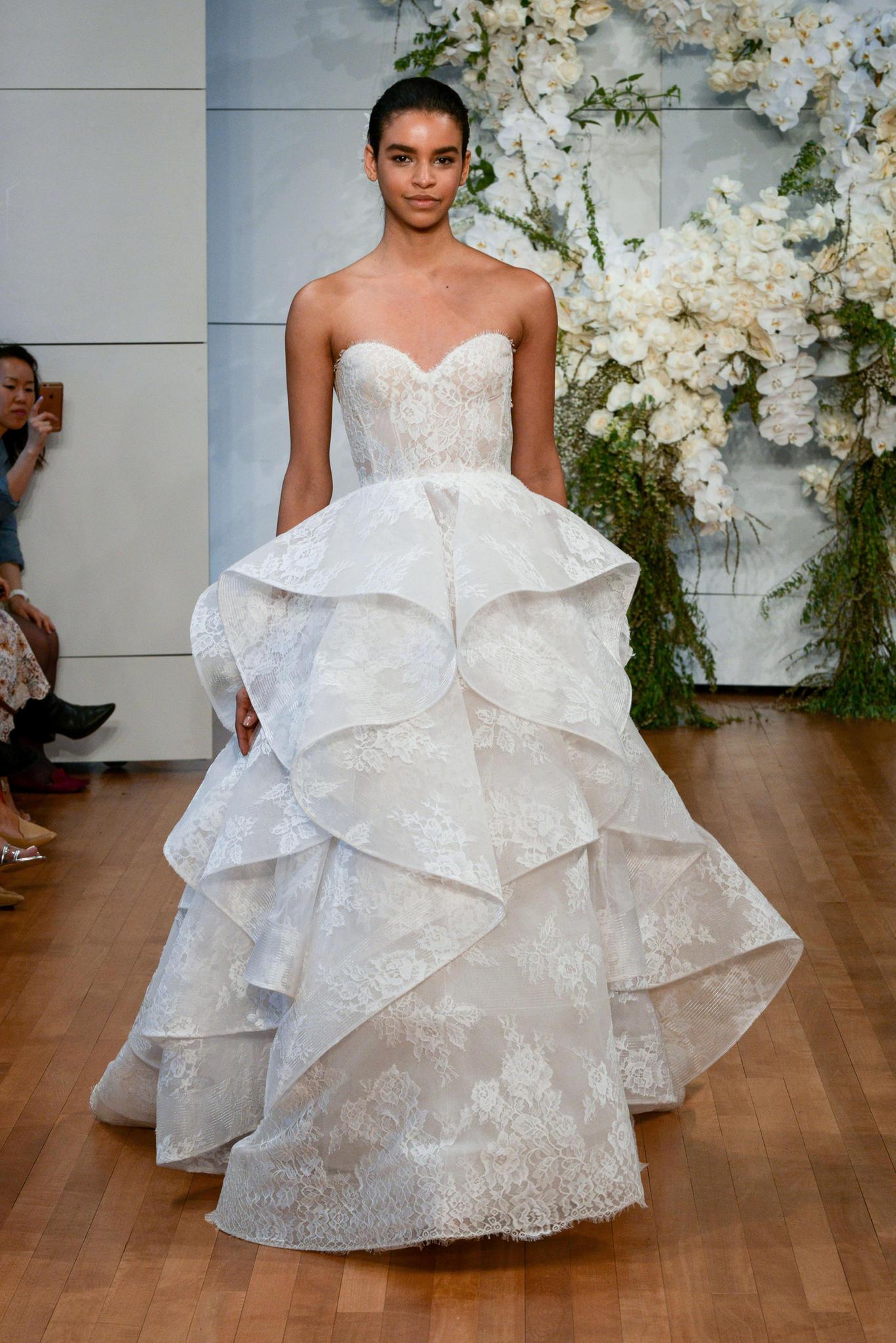 Brautkleider-Trends 2018: Die schönsten Modelle | BRIGITTE.de