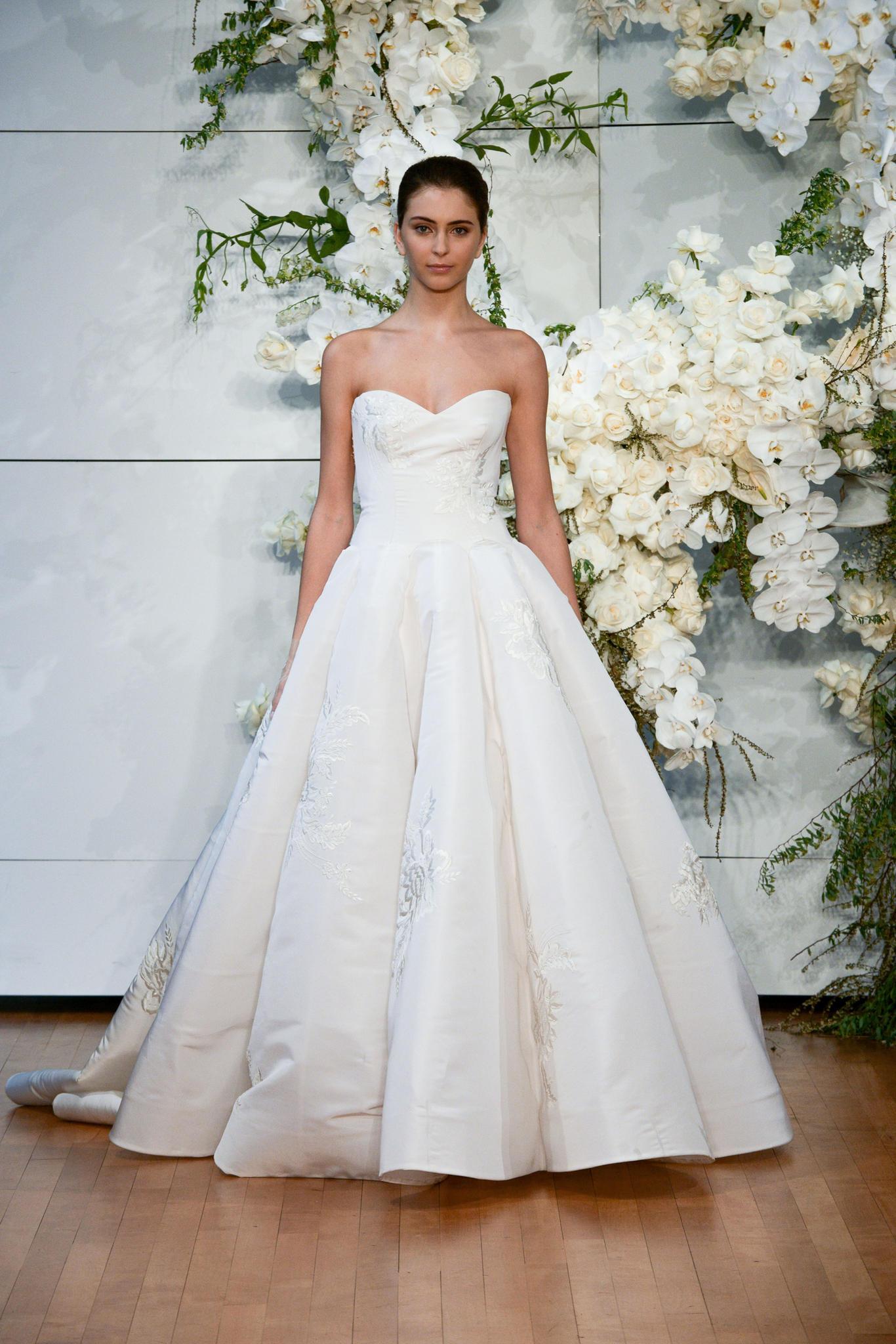 Brautkleider-Trends 2018: A-Linien-Kleid bei Monique Lhuillier