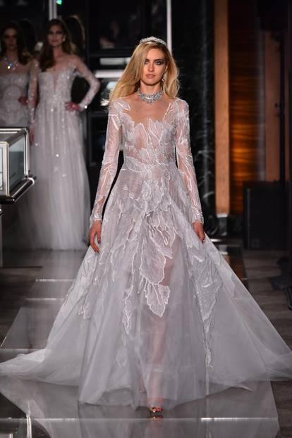 Brautkleider Trends 2018: Viiel Transparenz bei Reem Acra