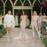 Frauen in Brautkleidern von Marchesa