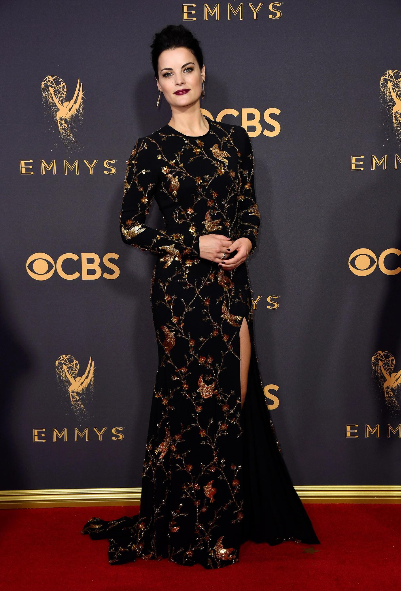 Emmys 2017 mit Jaimie Alexander