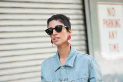 Trendfrisuren: Pixie Cut für dunkle Haare