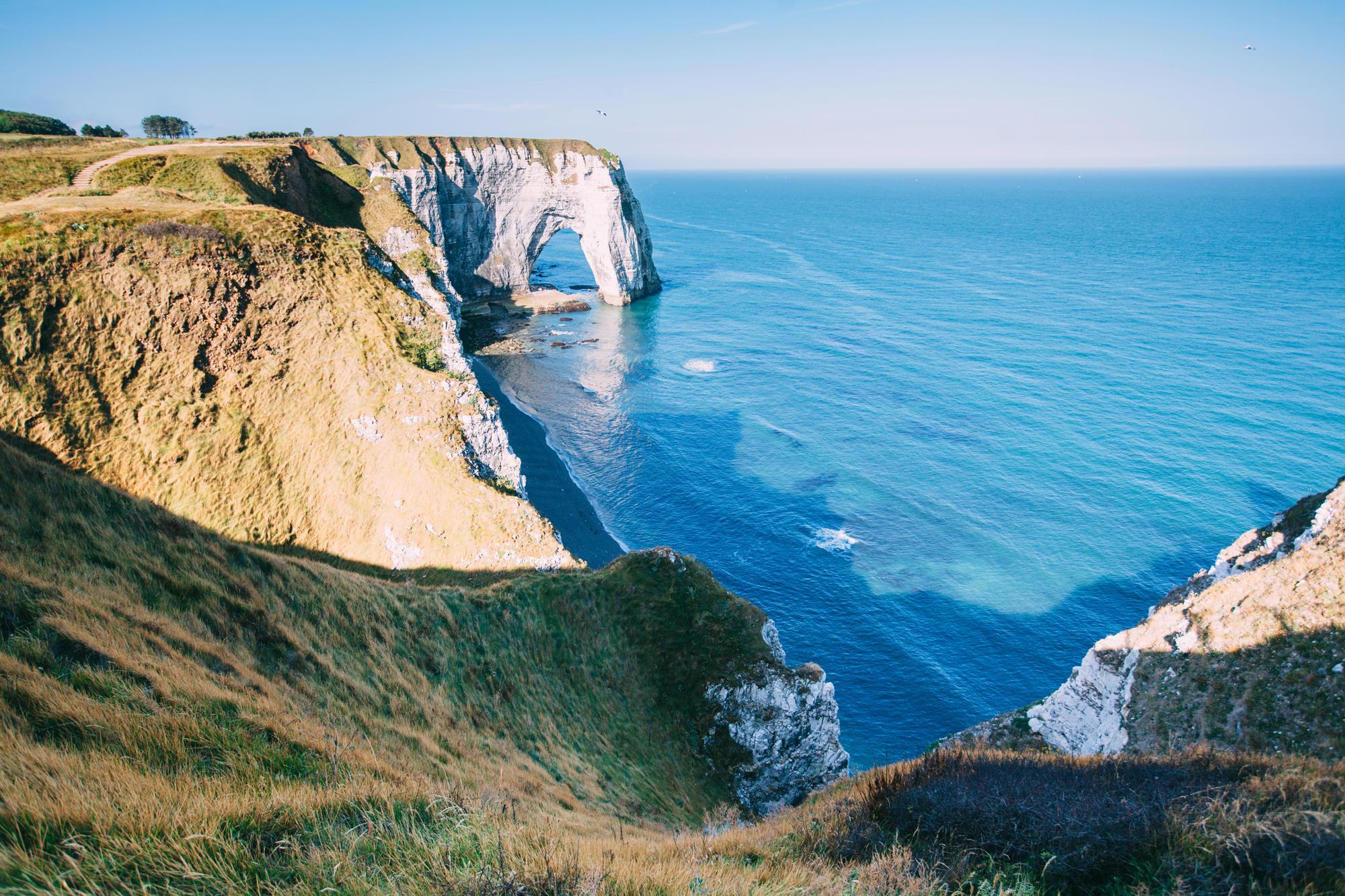 Küstenstraßen in Europa: Die Alabasterküste in der Normandie