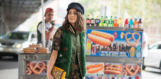 Baker Boy Mütze an Bloggerin bei New York Fashion Week