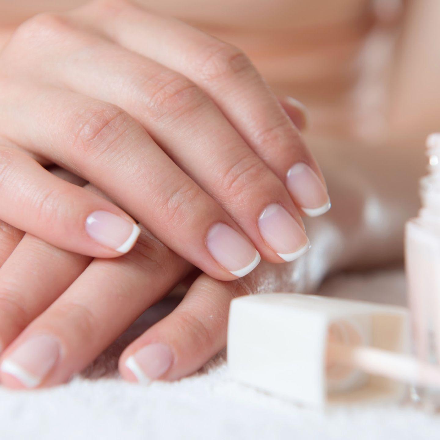 Kurzen french nägeln bei nails Nägel Muster
