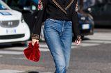 Milan Fashion week Streetstyle mit Samt und Baker-Boy-Mütze