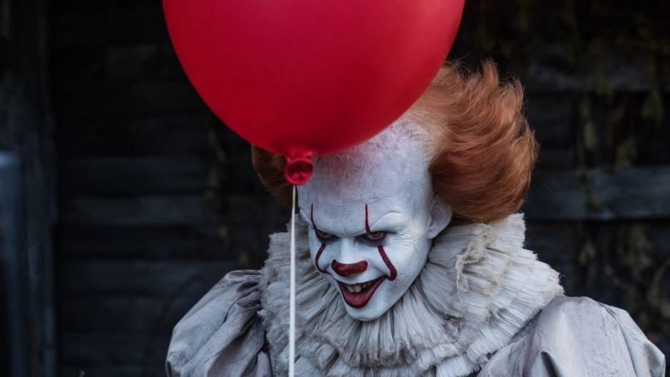 """So attraktiv sieht Horror-Clown """"Pennywise"""" ohne Schminke aus!"""