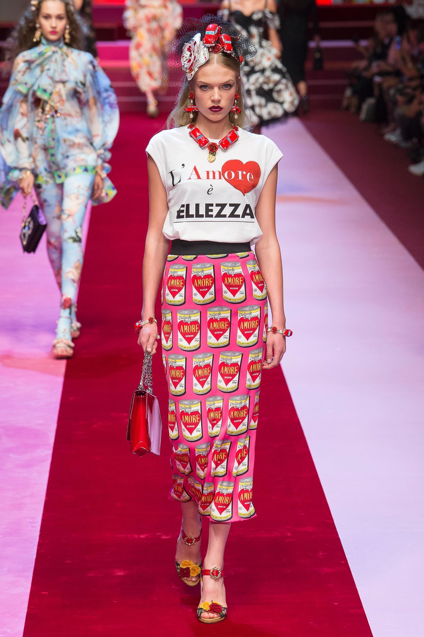Pures Statement bei Dolce & Gabbana