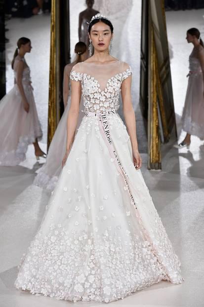 Kleid mit Carmenausschnitt von Kaviar Gauche