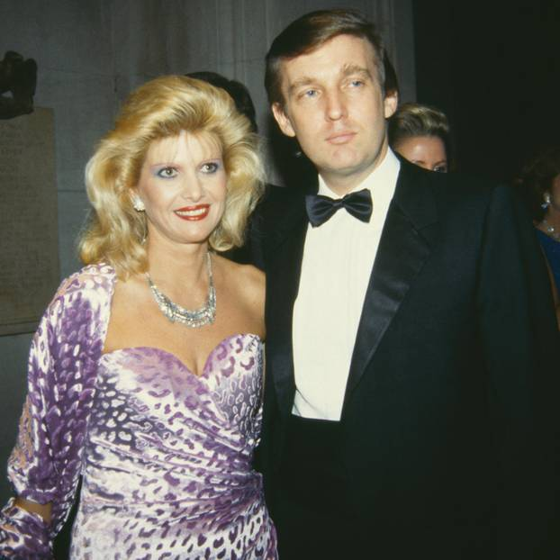 Ivana Trump und Donald Trump bei einer Gala in New York 1985.