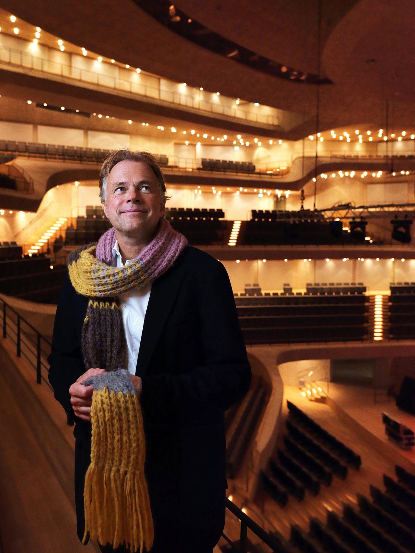Thomas Hengelbrock unterstützt den Schal fürs Leben 2017
