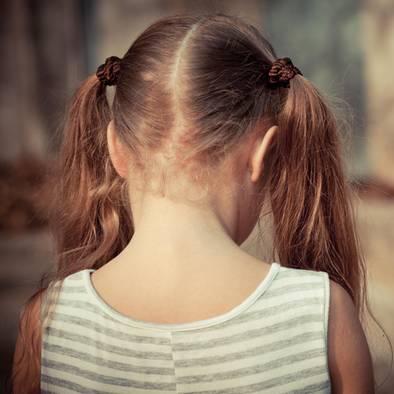 Verfrühte Pubertät: 5-Jährige hat Brüste und ihre Periode