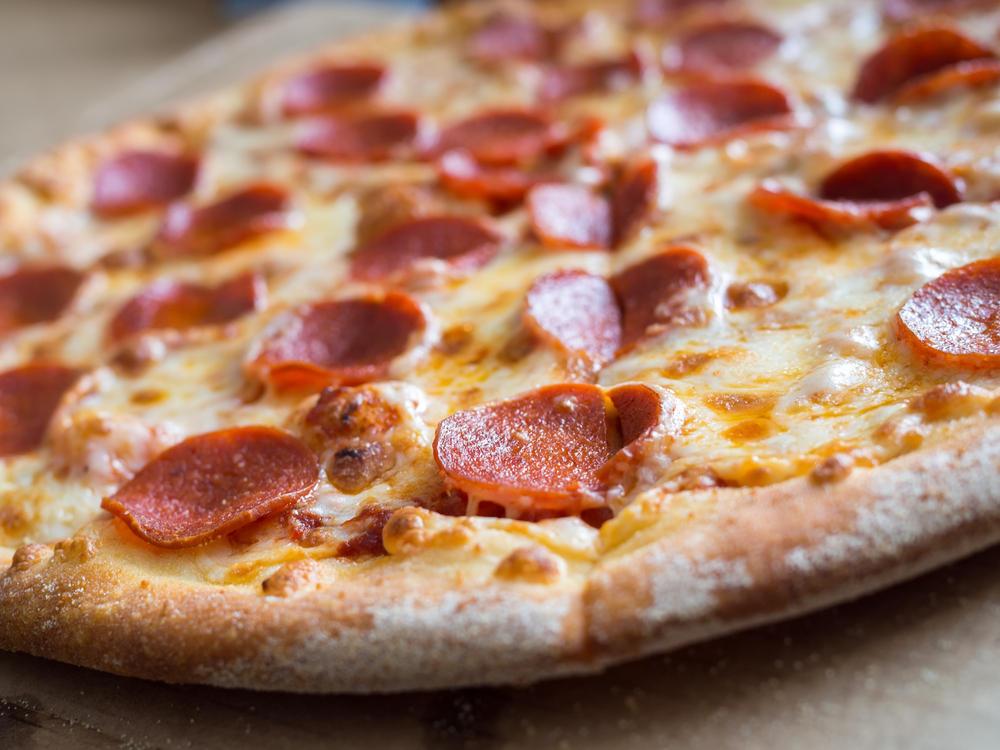 lebenswichtiger-r-ckruf-glassplitter-in-pizza-entdeckt