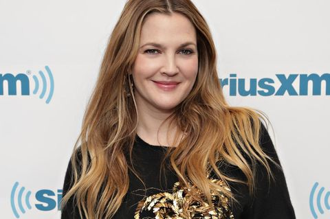 Drew Barrymore hat Kollektion bei Amazon Fashion rausgebracht