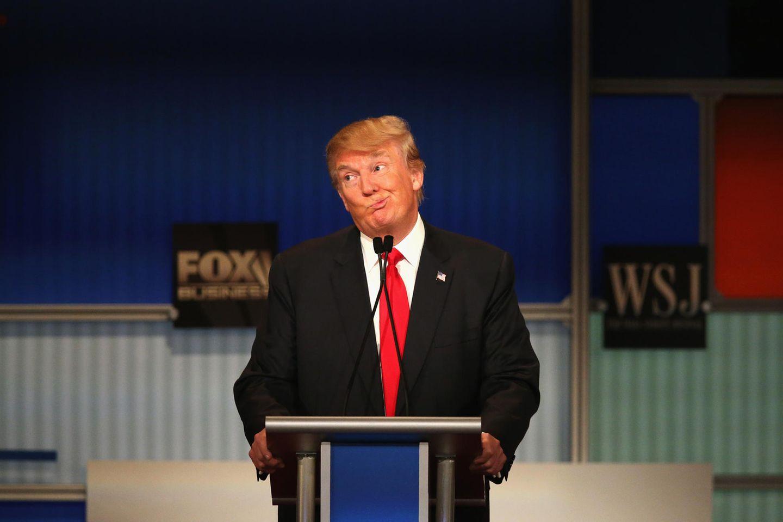 US-Präsident Donald Trump an einem Rednerpult.