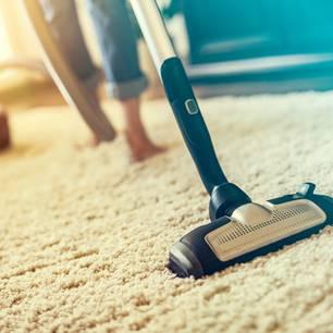 putzen staubwischen f r anf nger schnell einfach sauber. Black Bedroom Furniture Sets. Home Design Ideas