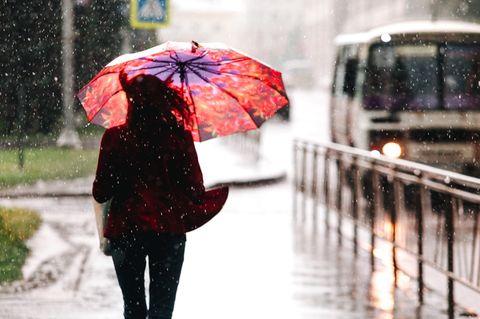 Aktuelle Unwetter-Warnung: Orkan und Sturmflut möglich