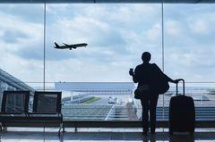 USA-Reisen: Ein Passagier am Flughafen.