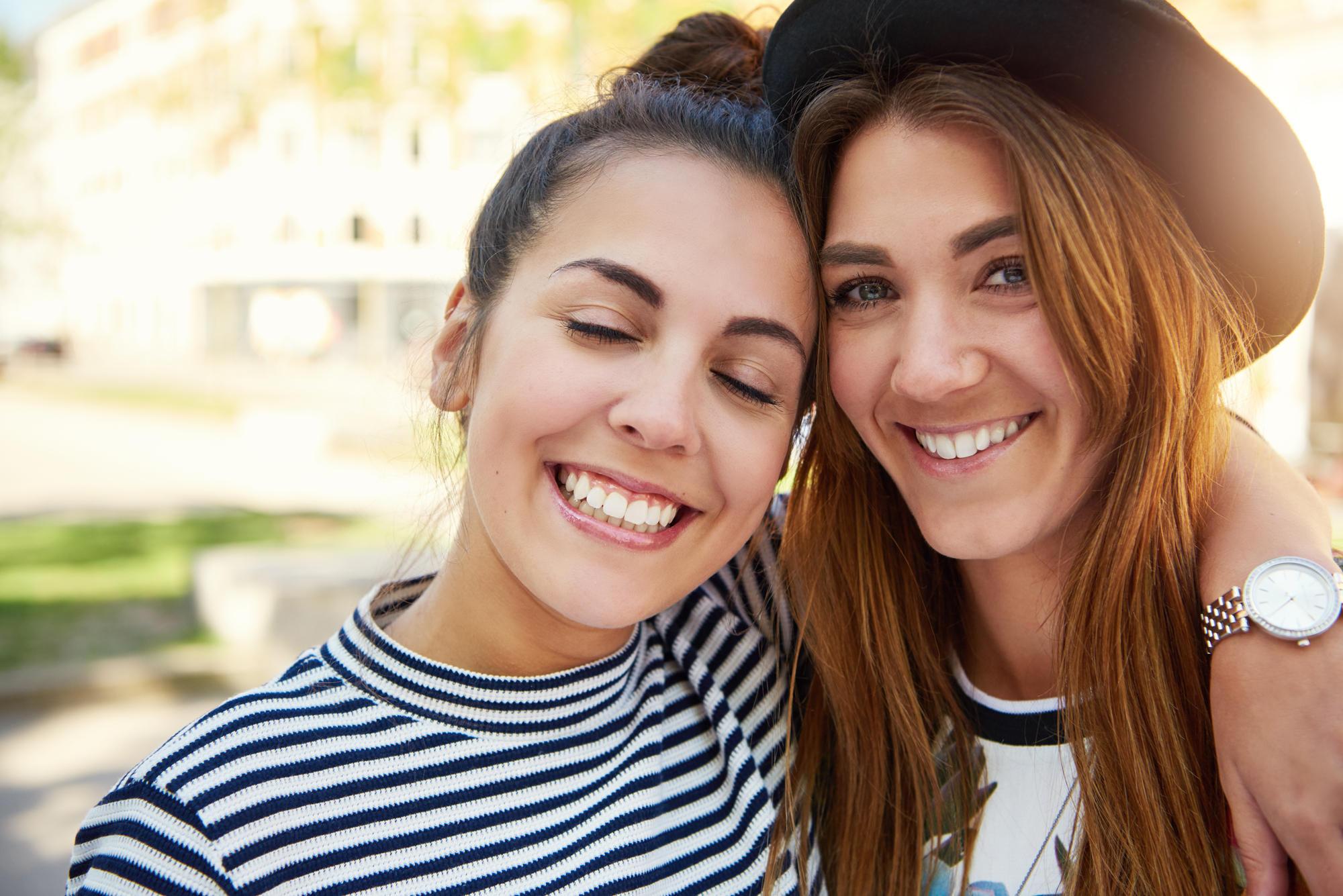 """""""Weißt du noch ...?"""" - """"Na, logisch!!"""" Nichts eignet sich besser zur Freundschaftspflege als gemeinsame Erlebnisse. Die beste Freundin ist unverzichtbar, und wenn ihr mit ihr verreist, schweißt euch das noch mehr zusammen - auf dem Weg zur Freundin fürs Leben."""