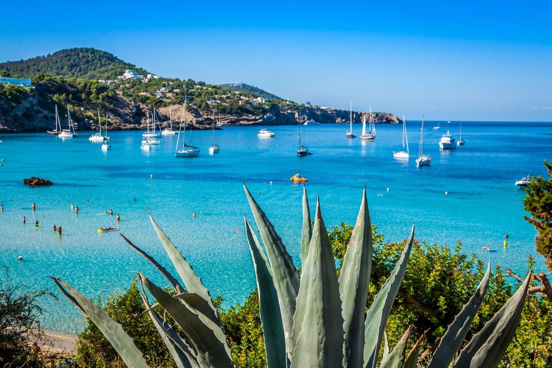 Im Mai und Oktober nach Ibiza