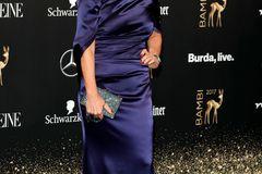 Bambi 2017: Birgit Schrowange auf dem Roten Teppich