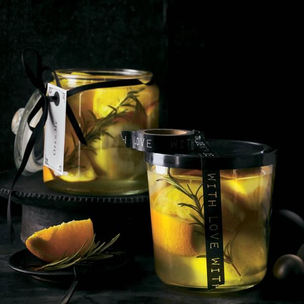 Salz-Zitronen und -Orangen
