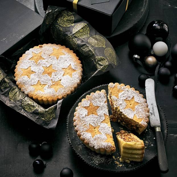 İsviçre usulü fındıklı kek Tarifi Schweizer Nusstorte