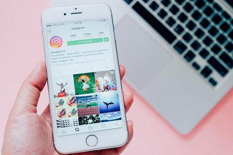 Instagram: Smartphone und Laptop