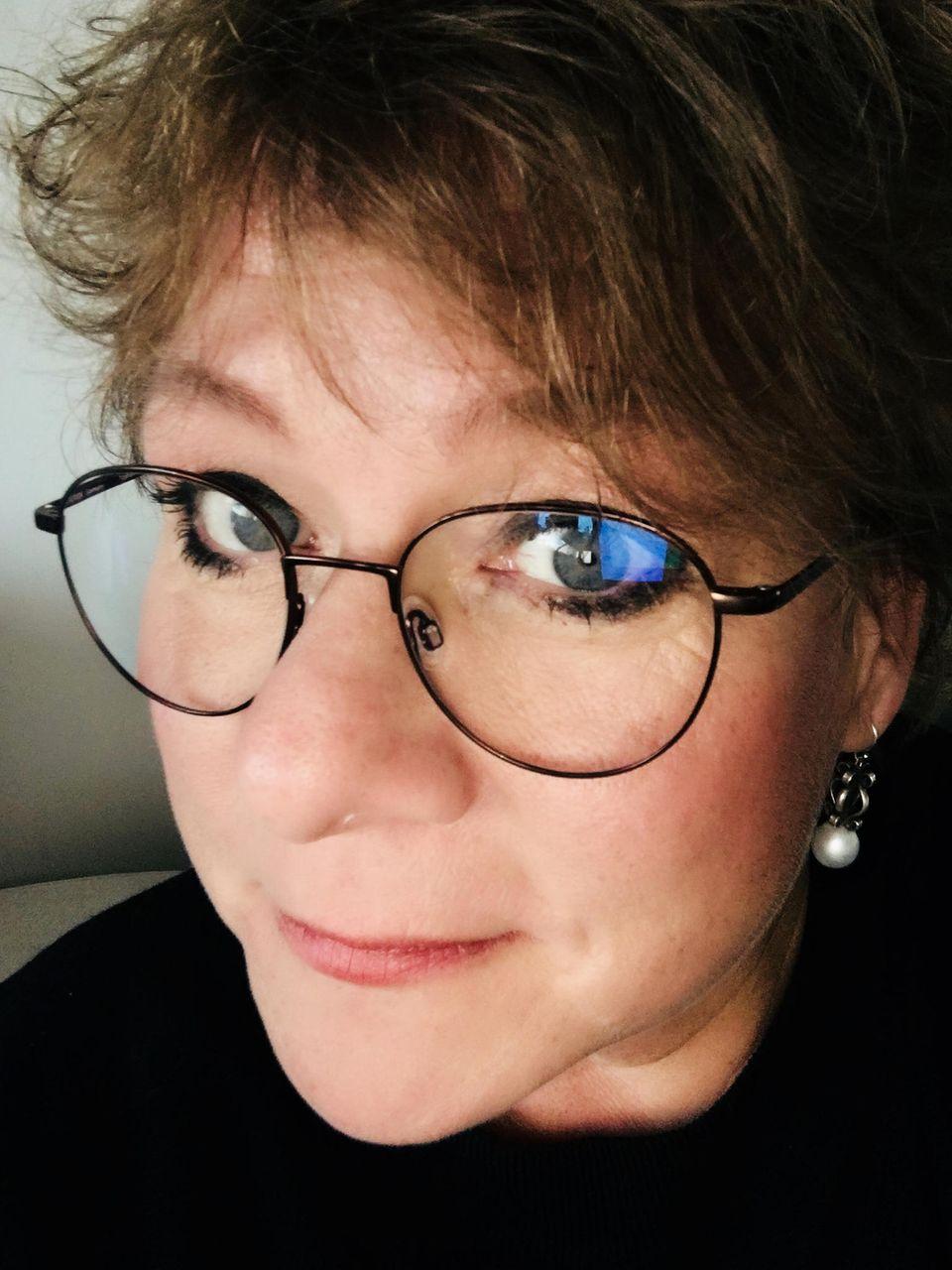 Unser Blog-Liebling: Haben wir ein Glück, dass es Muttiglück gibt! So heißt das Blog von Anke, 46, aus München und wir lieben einfach alles daran. Ihren Humor, ihren ehrlichen Blick aufs Leben und ihre Hacks, die wirklich jedes Muttileben einfacher machen.