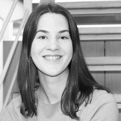 Julia  Hager