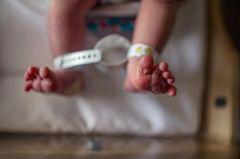 Eltern entführen Baby: Ein Neugeborenes (Symbolbild)
