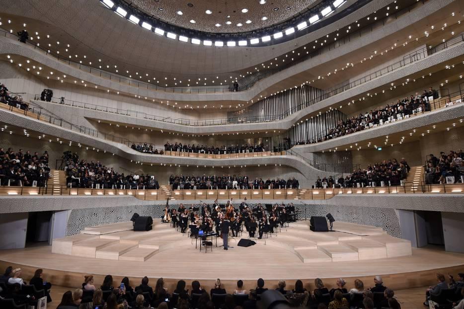 Im großen Saal der Elbphilharmonie