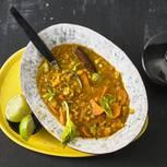 Gelbes Linsen-Gemüse-Curry