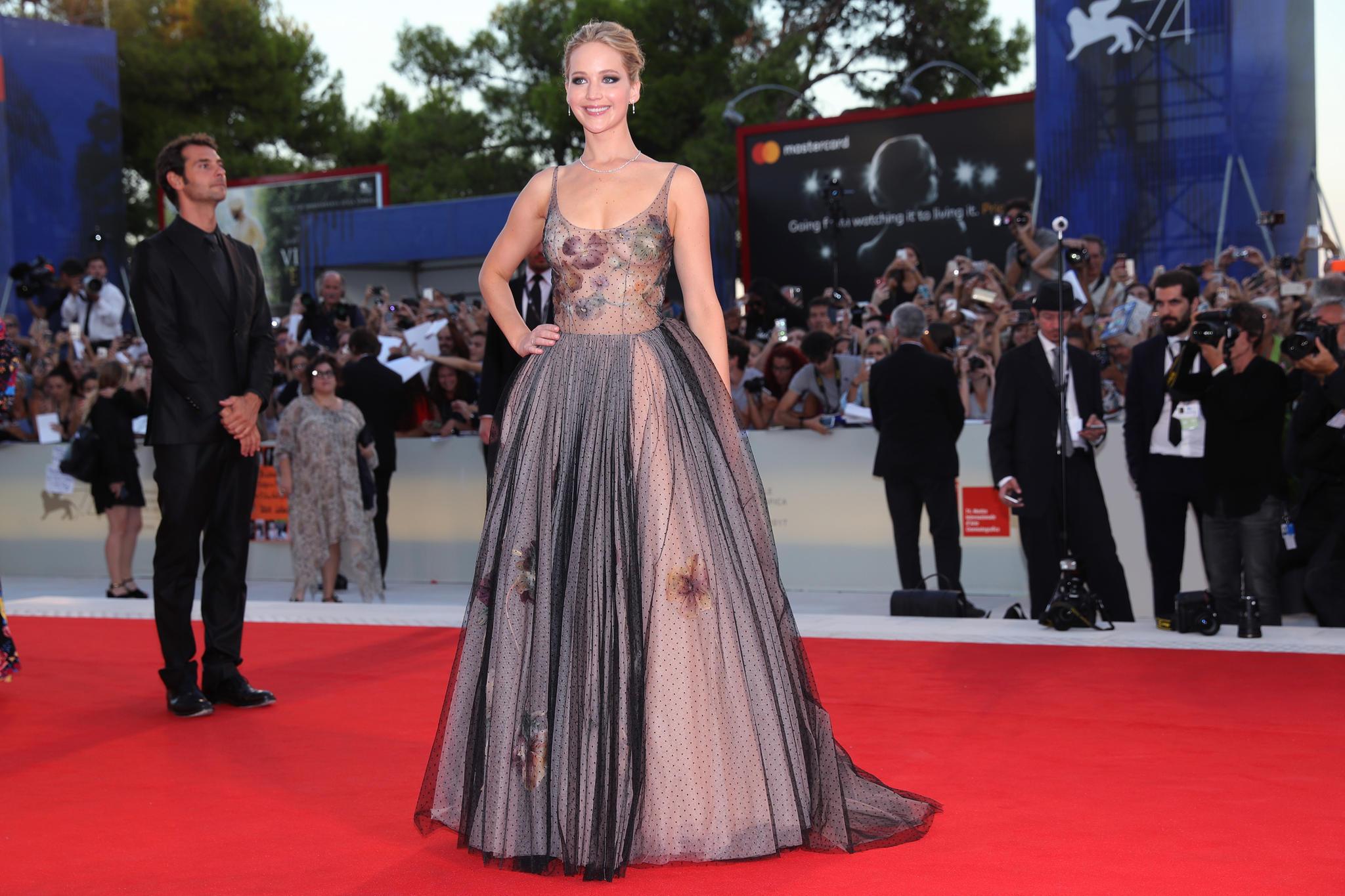 Roter Teppich 2017: Jennifer Lawrence beim Venedig Film Festival